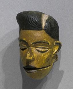 Elu face mask - Indianapolis Museum of Art